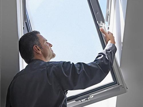 Remplacement de vos anciennes fenêtres de toit VELUX®